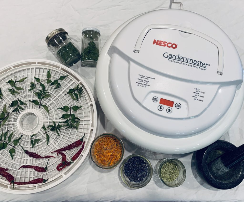 nesco gardenmaster for dehydrating herbs and vegetables
