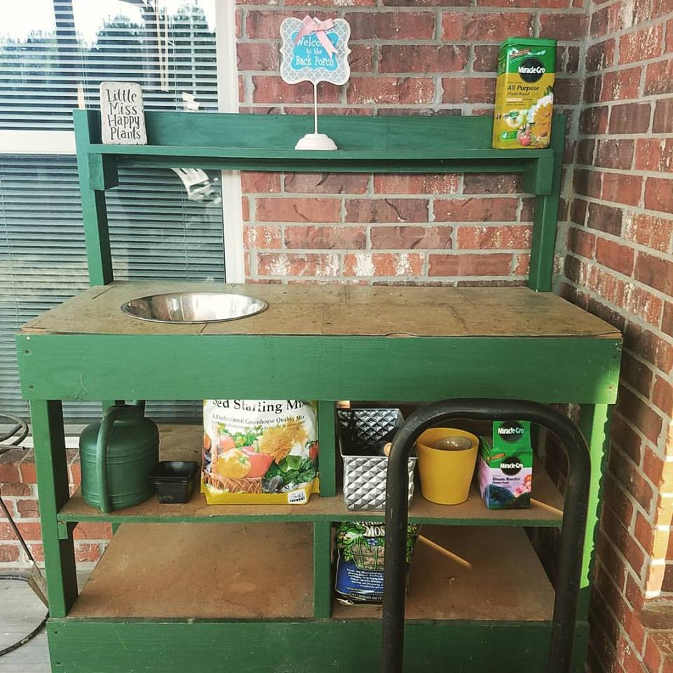 potting bench garden project